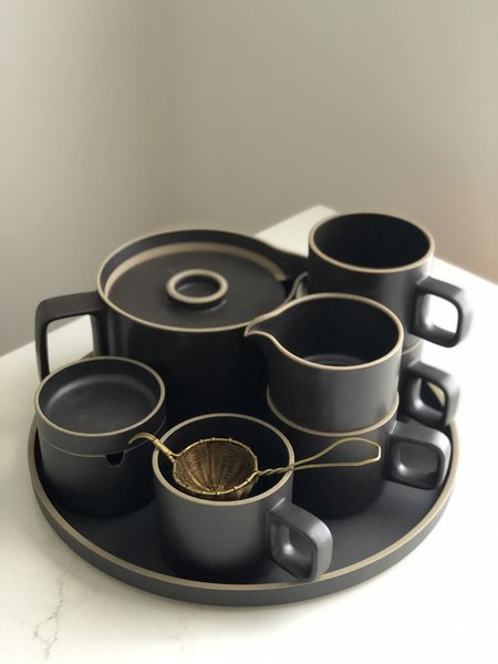 Hasami Porcelain Tea Set for 4