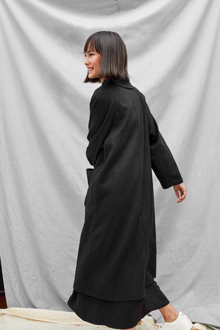 Devlyn Van Loon Raglan Overcoat - Black