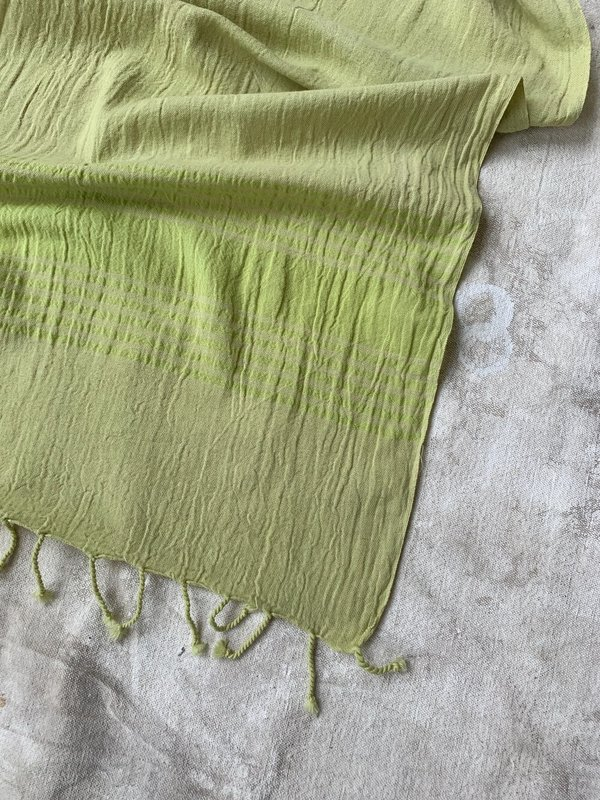 Cuttalossa & Co. Linen Runner - Avocado
