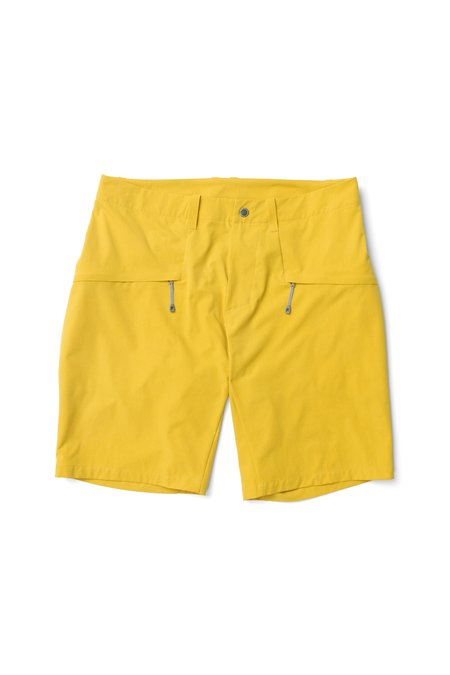 Houdini Mens Daybreak Shorts in Sunny May