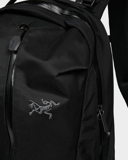 Arc'teryx Arro 22 Backpack - Stealth black