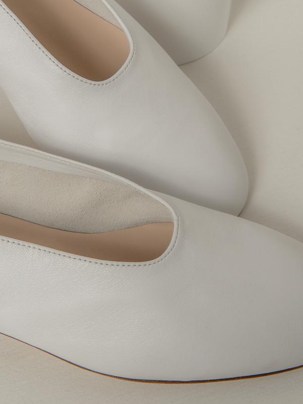blush. Glove - Bianco
