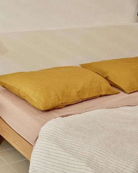 DEIJI STUDIOS Queen Fitted Linen Sheet - Clay Pink