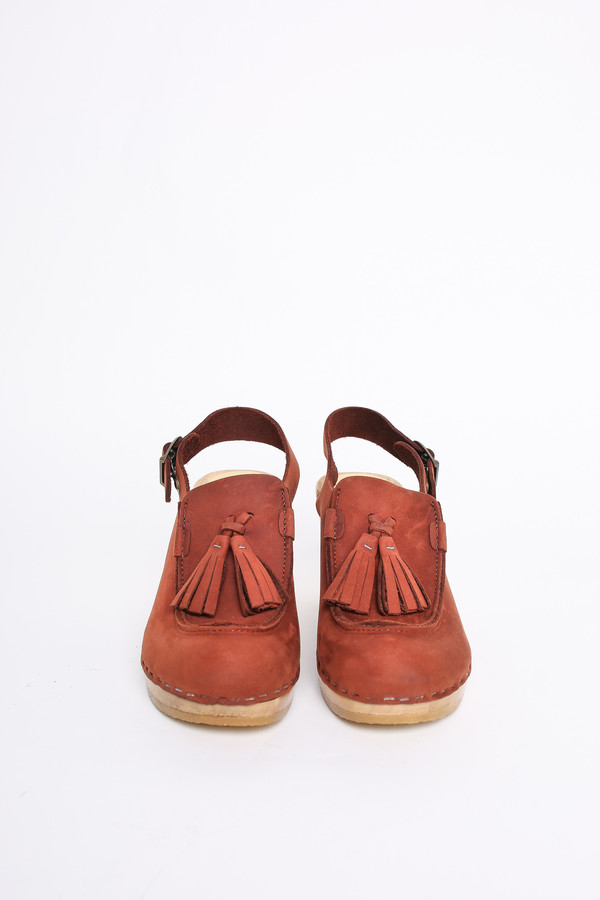 No.6 Store Clogs Crowley tassel clog in rust