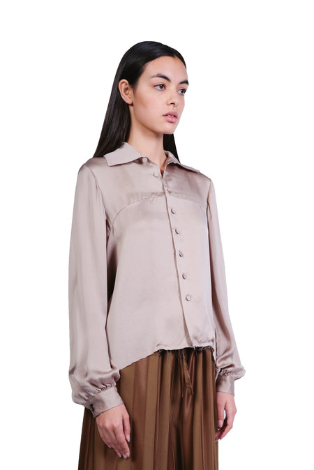 A Tentative Atelier  Drapy Washed Shirt