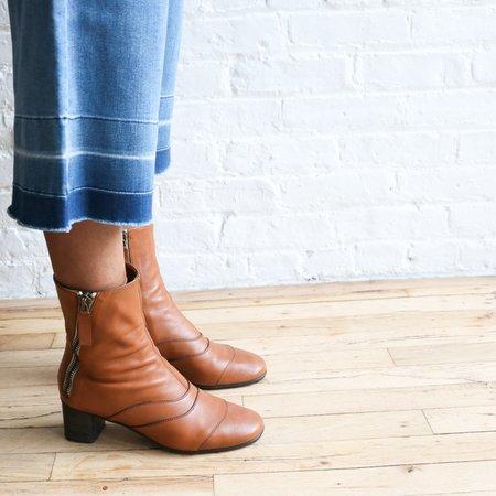 Pre-loved Chloé Zipper 40 Ankle Boot - Tan