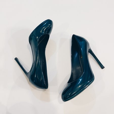 [pre-love] Yves Saint Laurent Patent Leather Pumps - Teal Green