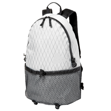 and wander X-Pac 20L Daypack - OFF WHITE