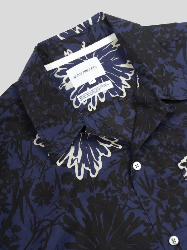 Norse Projects Carsten Button Up with Flower Print - Twilight Blue