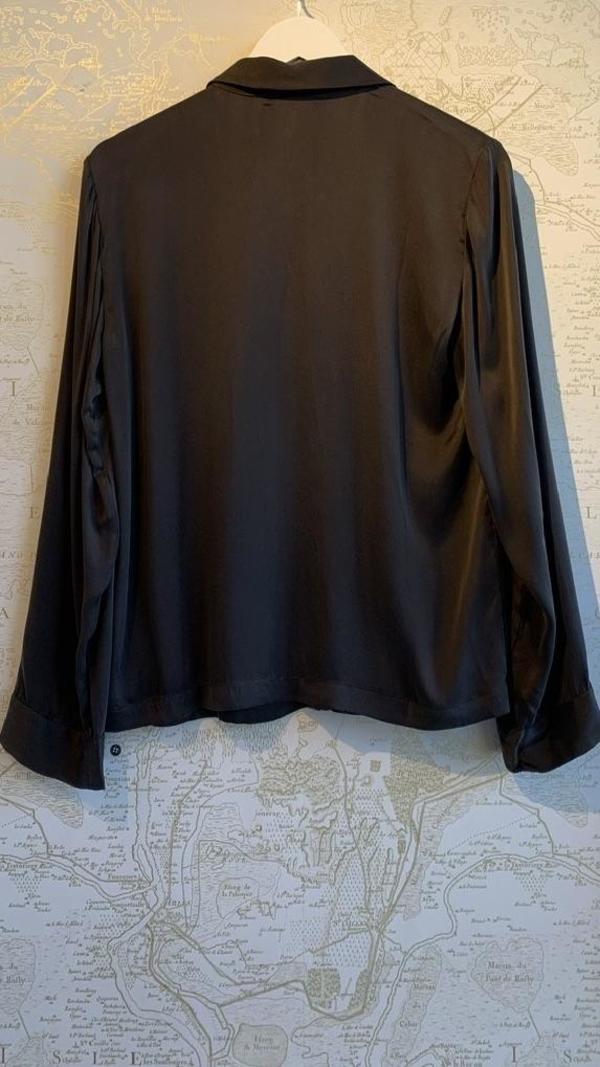 Skin Teresa Long Sleeve Silk Button Down Top - charcoal