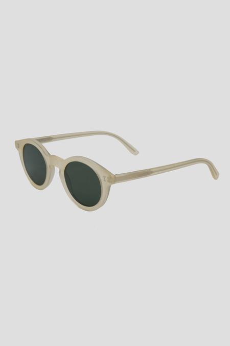 IIlesteva Castello Sunglasses - Melon/Olive