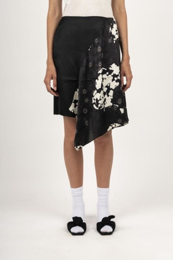 Alexander McQueen SHORT CUT UP KOMARI - BLK/WHITE