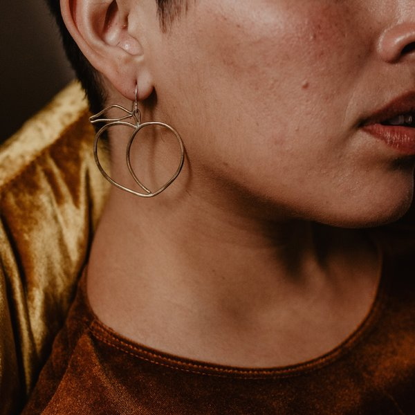 Knuckle Kiss Peach Earrings