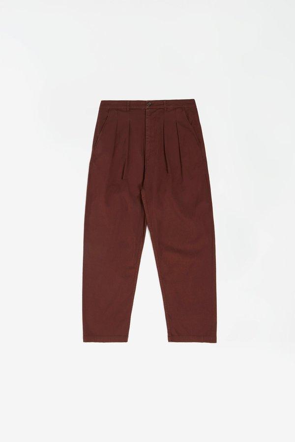 Universal Works Double pleat pant fine weave - raisin