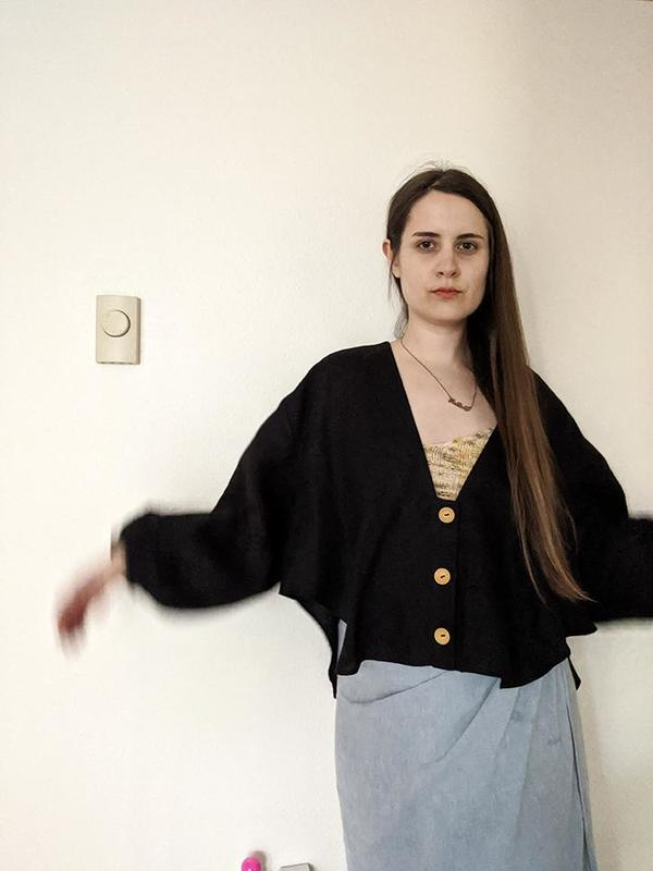 Nancy Stella Soto V-Neck Crop Button Up Shirt - Black
