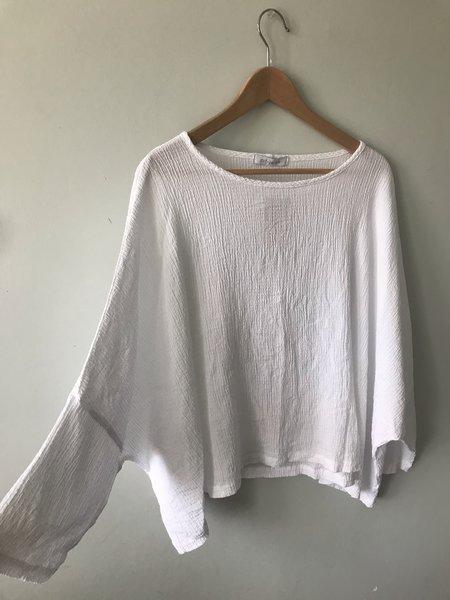 cut-loose Crinkle Crop Top - White