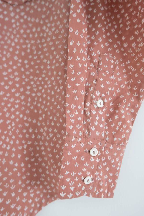Karu Scrub Print Shirt - Dusty Pink Clay