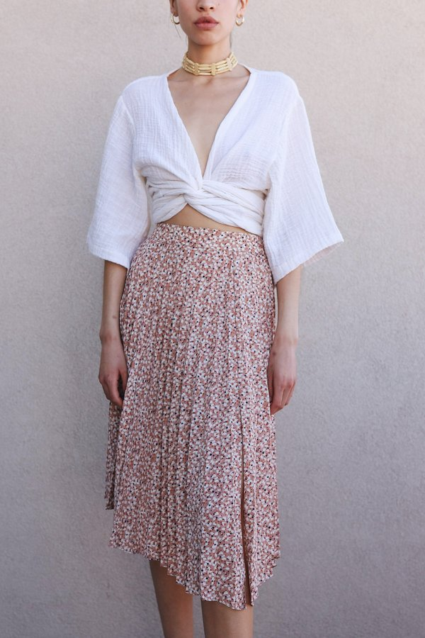 Lush Floral Pleated Midi Skirt - Peach