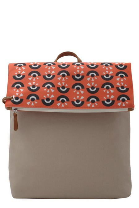 ARTPECKERS CYCLOP BACKPACK - Coral/Black/Beige