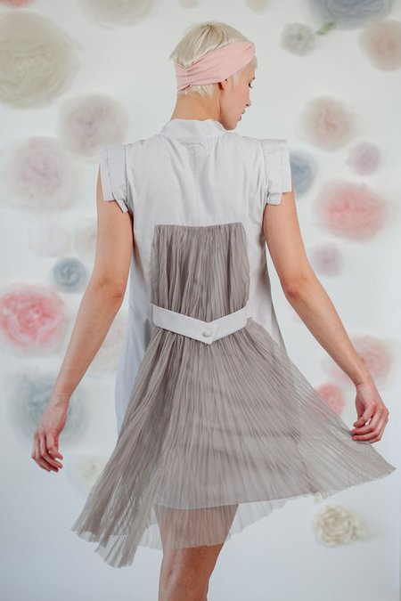 1014Lex. DRESS WITH TULLE ON THE BACK - Grey