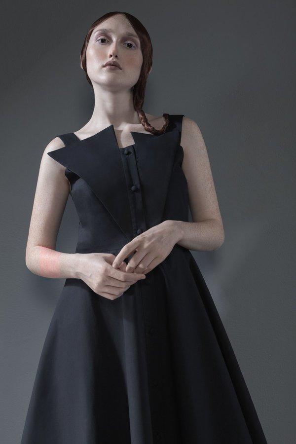 ESTIKE ORIGAMI DRESS - Black