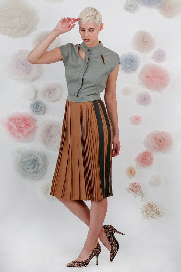 1014Lex. PLEATED DRESS - GREY/BROWN