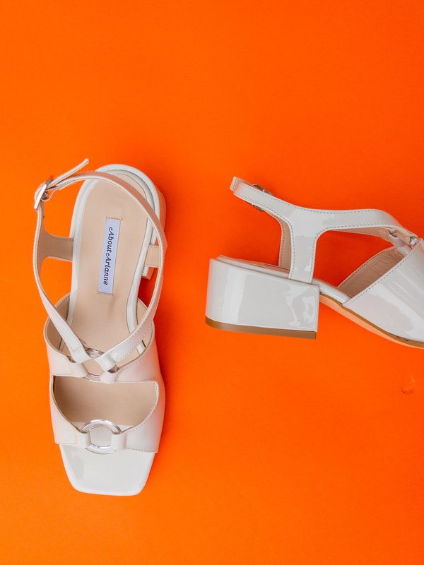 About Arianne Brava Sandal