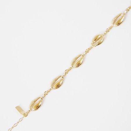 Deux Lions Sandy Chain of Shells Bracelet - gold vermeil