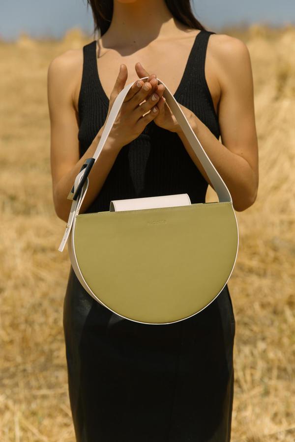 Audette Oval Bag - Olive/Cream