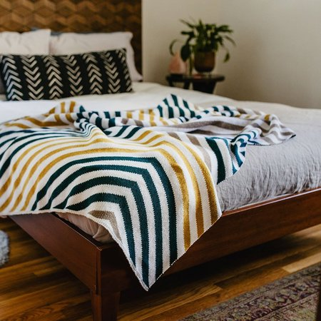 Seek and Swoon The Portland Throw