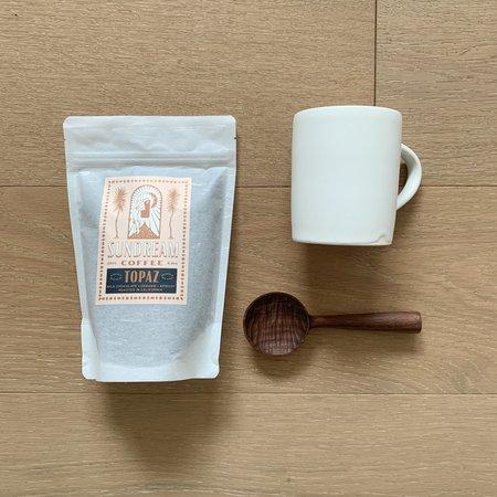 Sundream Coffee The Coffee Drinker Bundle - White Simple Mug