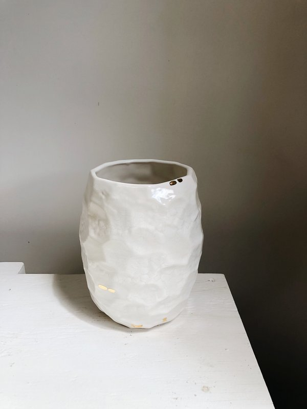 The Object Enthusiast Large Faceted Vase - White/Gold