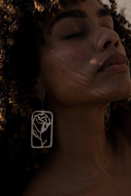 Yu Yu Shiratori La Rosa Earrings - Brushed Brass