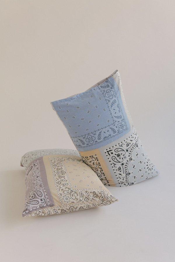 WOLF & GYPSY VINTAGE Pingu Bandana Pillowcase Set - Nude/Grey/Blue