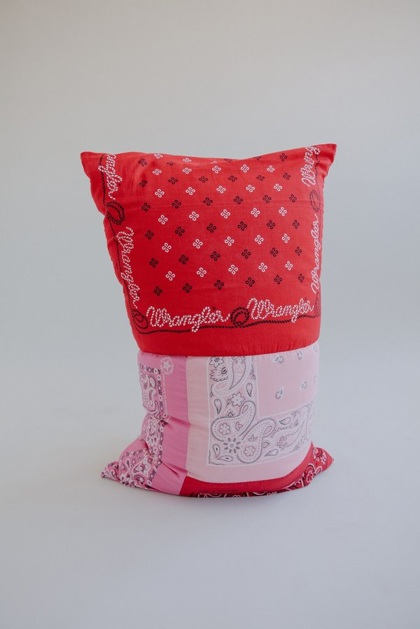 WOLF & GYPSY VINTAGE Pingu Bandana Pillowcase Set - Pink/Red