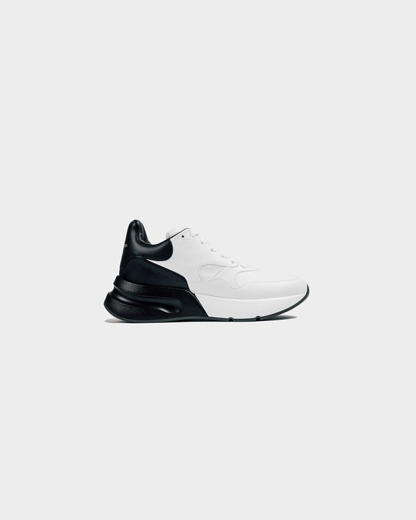 Alexander McQueen Oversized Runner - Optic White/Black