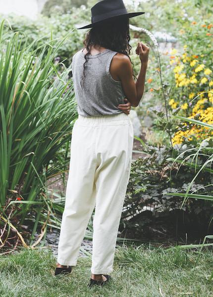 Black Crane - Carpenter Pant in Cream