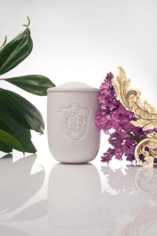 Régime des Fleurs Acanthus Candle