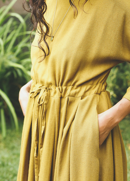 Black Crane Pleated Dress in Gold Brown
