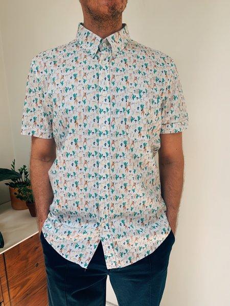 Far Afield Mod Button Down S/S Shirt - Hippies Print
