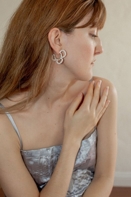 Mirit Weinstock Pearls Petals Hoops - Silver