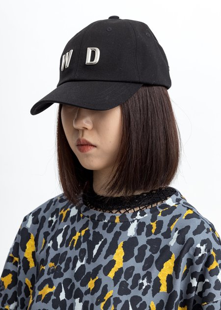 we11done WD Studded Cap - Black