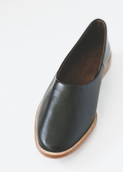 Osborn Clarity Flats in Black Leather