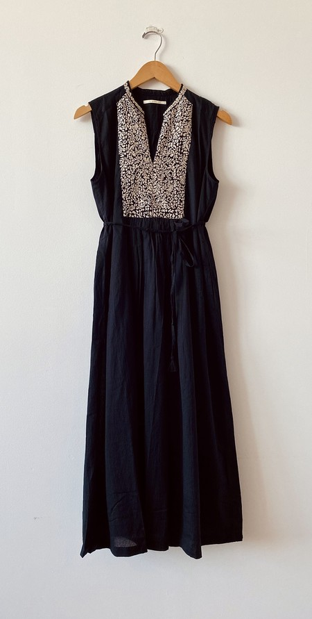 Ne Quittez Pas Dobby Embroidered Dress