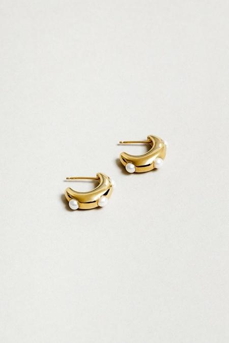 Wolf Circus Isla Pearl Earrings - Gold