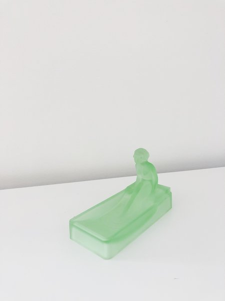 Vintage BATHING LADY SOAP DISH - Frosted Green