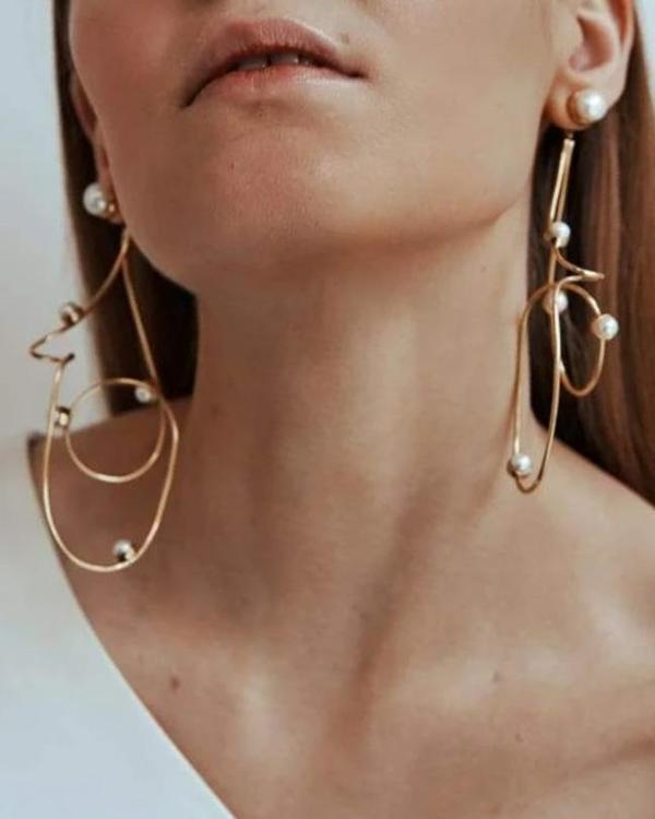 Cornelia Webb Twisted Wire Earrings With Pearls - Gold