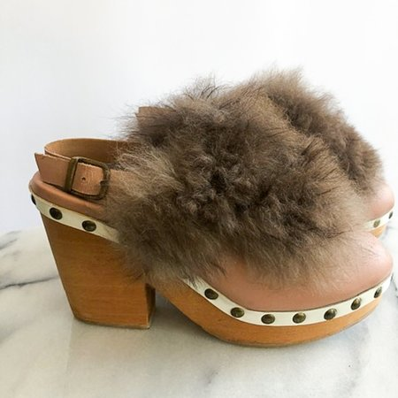 [pre-loved] A Détacher Fur Trim Clogs - Blush