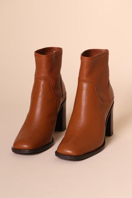 """INTENTIONALLY __________."" Boot - Brown Stretch"
