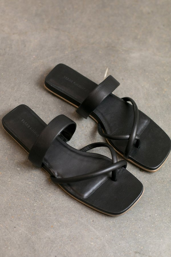 Mari Giudicelli Travel Sandal